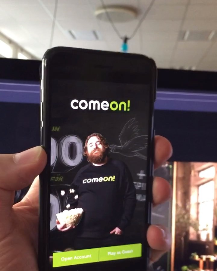 Testing & prototyping some tilt / AR user experiences out on ComeOn!'s Landing page: https://share.protopie.io/PF3Hb9wxCn9 @wearecomeon